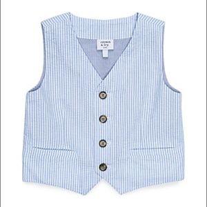 Crown & Ivy boy blue seersucker vest stripe button